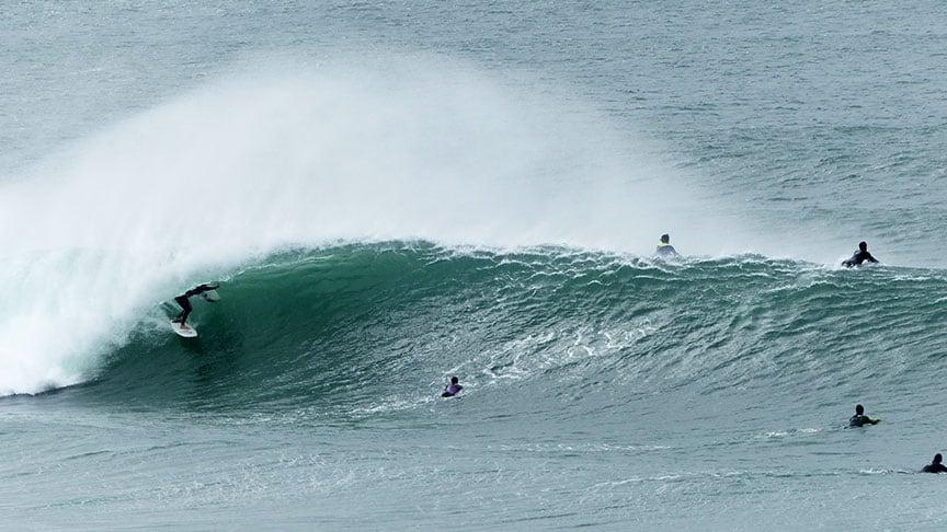 perfect wave barrel surf lesson lisbon area