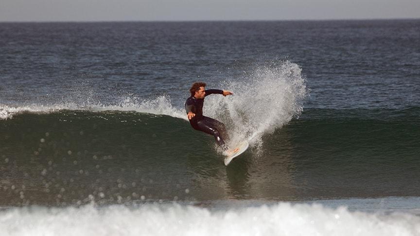 advanced surfing lesson cascais lisbon area