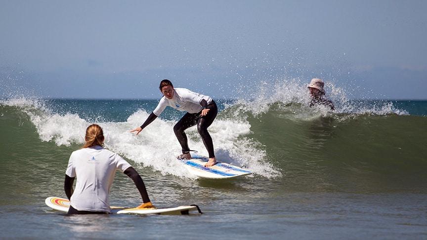 intermediate surf lesson lisbon cascais