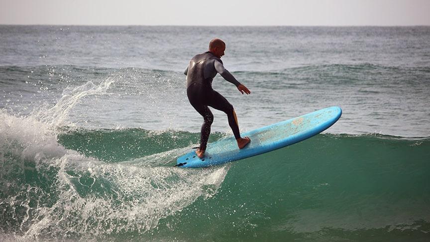 karma surf school algarve