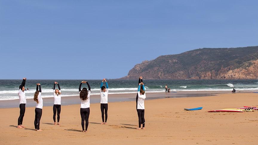 group size beginner surf lesson