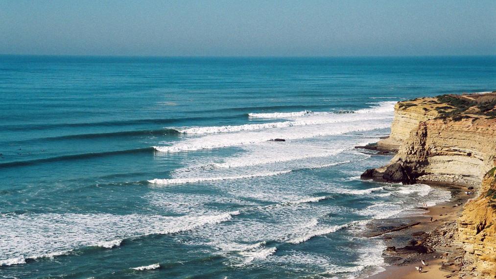 lisbon surf spot ericeira